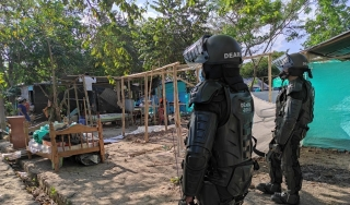Se inician desalojos en la capital araucana.-